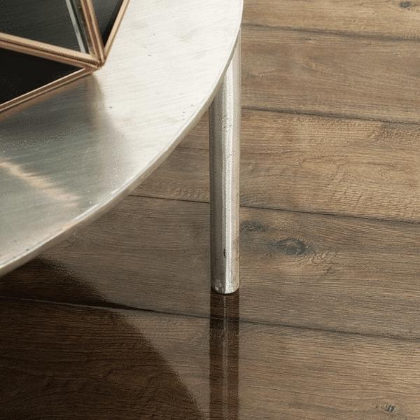 8mm Gloss Posino Oak Laminate